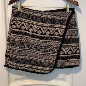 🛍$10 Patterned Asymmetrical Mini Skirt